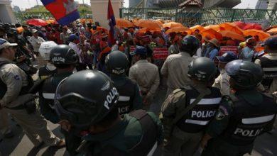 Photo of L'UE sospende parte dei vantaggi commerciali della Cambogia per violazione dei diritti umani