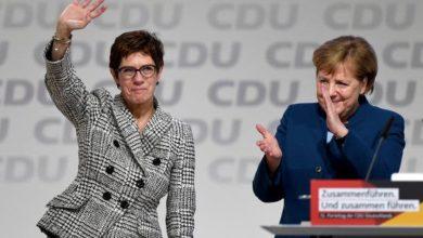 Photo of La 'delfina' designata della Merkel rinuncia a correre per la Cancelleria