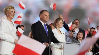 Photo of I polacchi si tengono il presidente populista